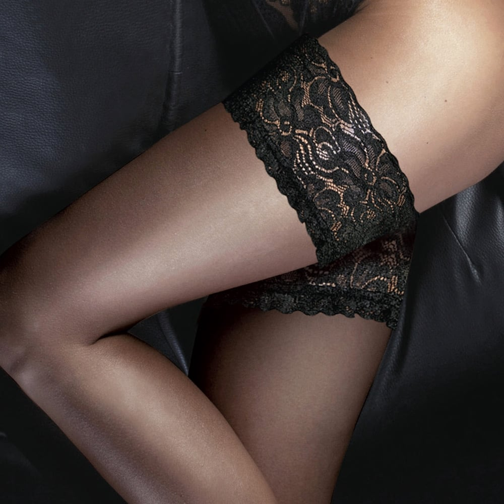 Couture Denier 10 Ultra Gloss Tights with Reinforced Body and Toe Black
