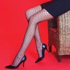 Scarlet medium net pantyhose