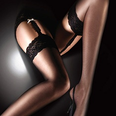 Sensuous embroidered lace top stockings